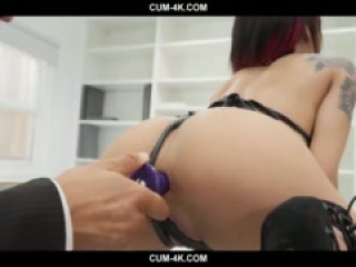 Cum4k - Holly Hendrix gets anal creampie in the office